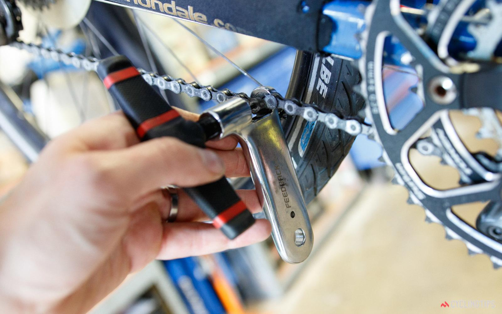How To Use A Chain Whip An Effective Hack For Your Bicycle Maintenance For 2018