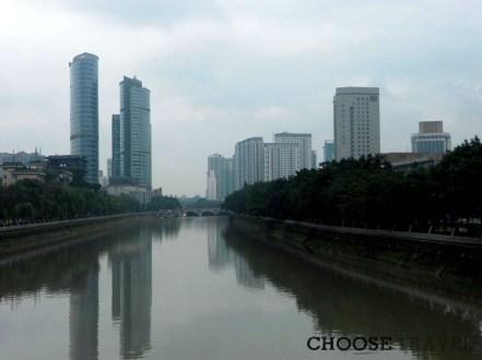 Chengdu, stolica Syczuanu, różni się klimatem od Pekinu