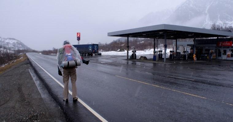 Autostopem przez góry
