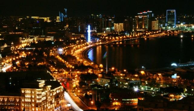 Baku nocą (Azerbejdżan)