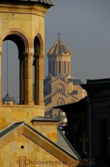 Katedra Świętej Trójcy (Tsminda Sameba) w Tbilisi (Gruzja)