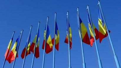 Rumuńskie zamiłowanie do flag...
