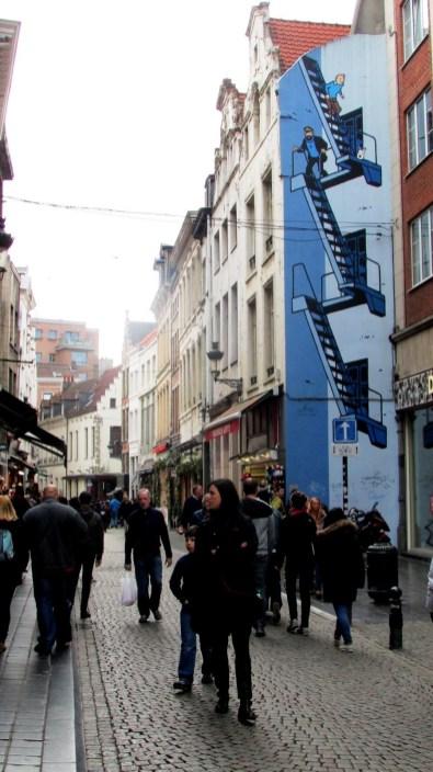 Mural z Tintinem na szlaku komiksowym w Brukseli (Comic Book Route).