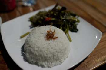Grilled prawns and rice in Gili Trawangan.