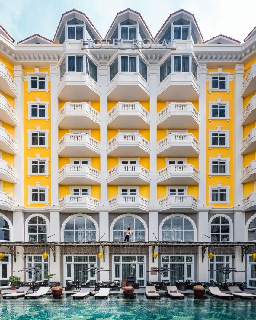 Hotel Royal Hoi An ground floor pool