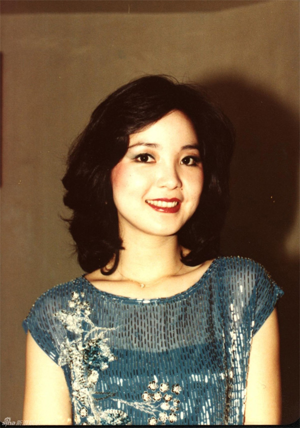 Teresa Teng  Biography  Pictures  ChordCAFE