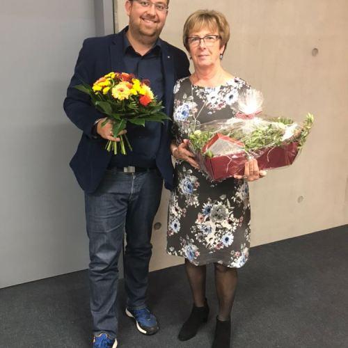 Auch bei Hiltrud Plietsch bedankt sich Jochen Kästner für die langjährige Unterstützung im Präsidium.
