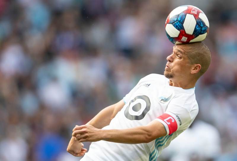 Minnesota United makes Ozzie Alonso signing official   Star Tribune