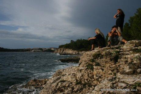 Pohled z Verudy na pobřeží