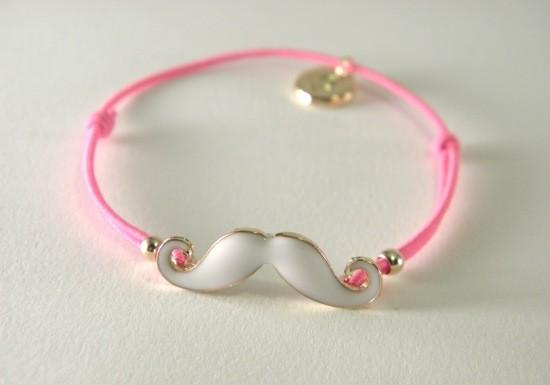 bracelet-elastique-rose-moustache-blanc-dore-fantaisie