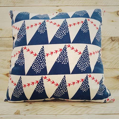 cushion-bluemontains