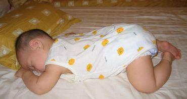 小喬長大了!睡覺時間縮短了半個小時~~
