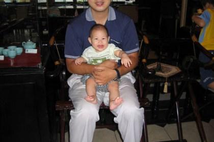 小喬跟爸爸in 台中餐廳
