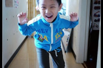 (父母讀書會) 洪爸向老天爺下訂單:我要一個健康聰明又乖巧安靜的兒子!