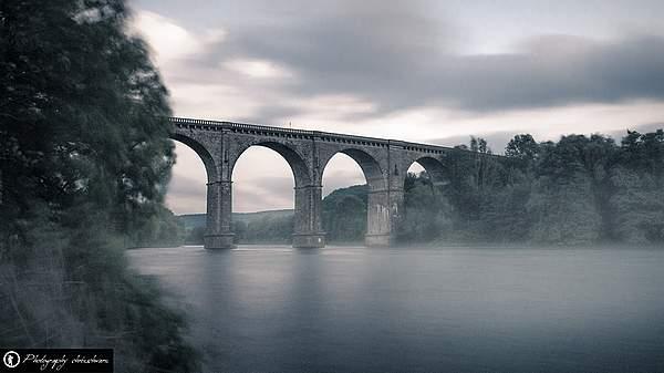 Stimmungsvolles Foto - Ruhrviadukt am Harkortsee, Herdecke