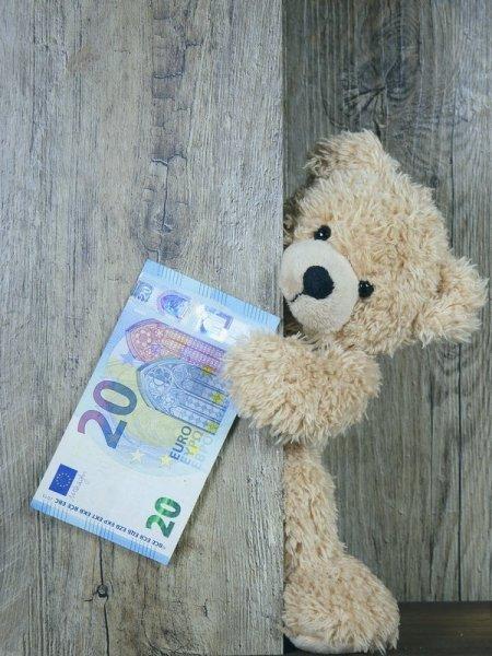 Teaserbild, Verlinkung zum Artikel: 20 EUR Zinsen – P2P-Investitionen