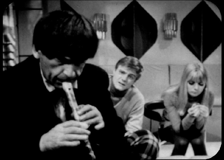 Image via http://www.bbc.co.uk/doctorwho/classic/photonovels/power/