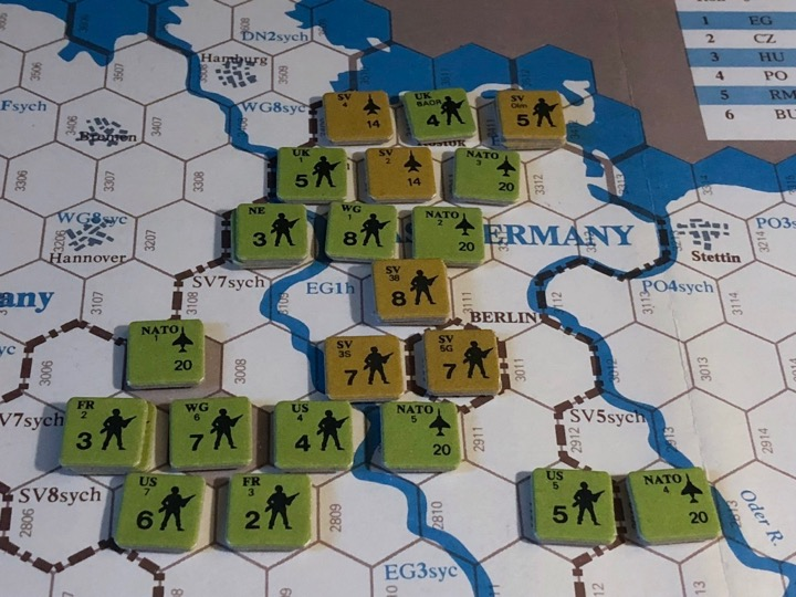 Revolt in the East, Turn 5, Disposition of forces in East Germany