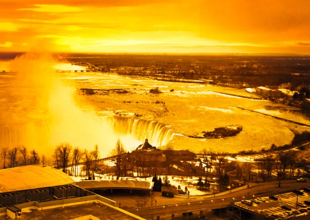 Niagara Thunder gods