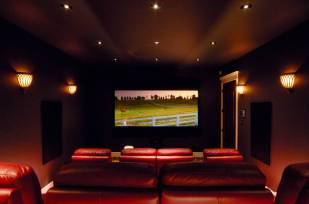12-Theatre-Room