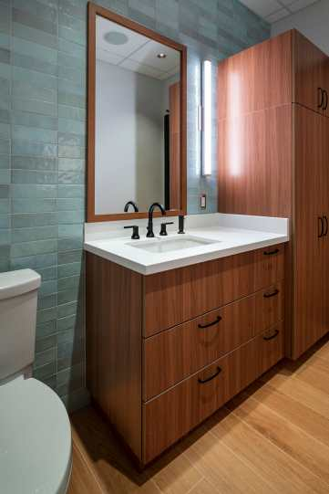 Bathroom3-web