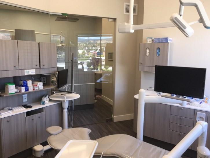 Carrington-Dental-patient-room