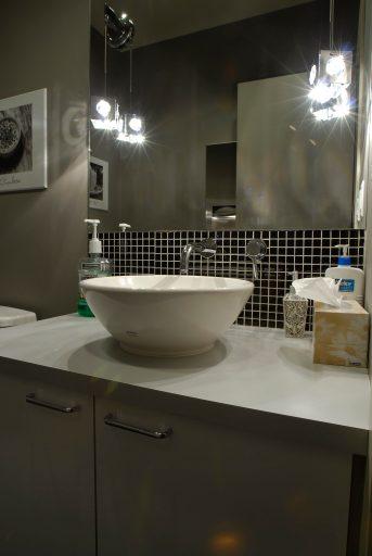 Kelowna-Orthodontics-bathroom-vanity