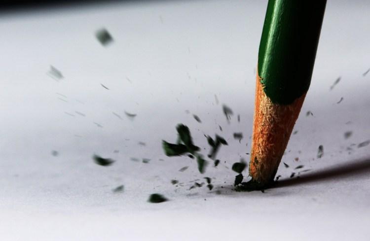 4725809-broken-pencil.jpg