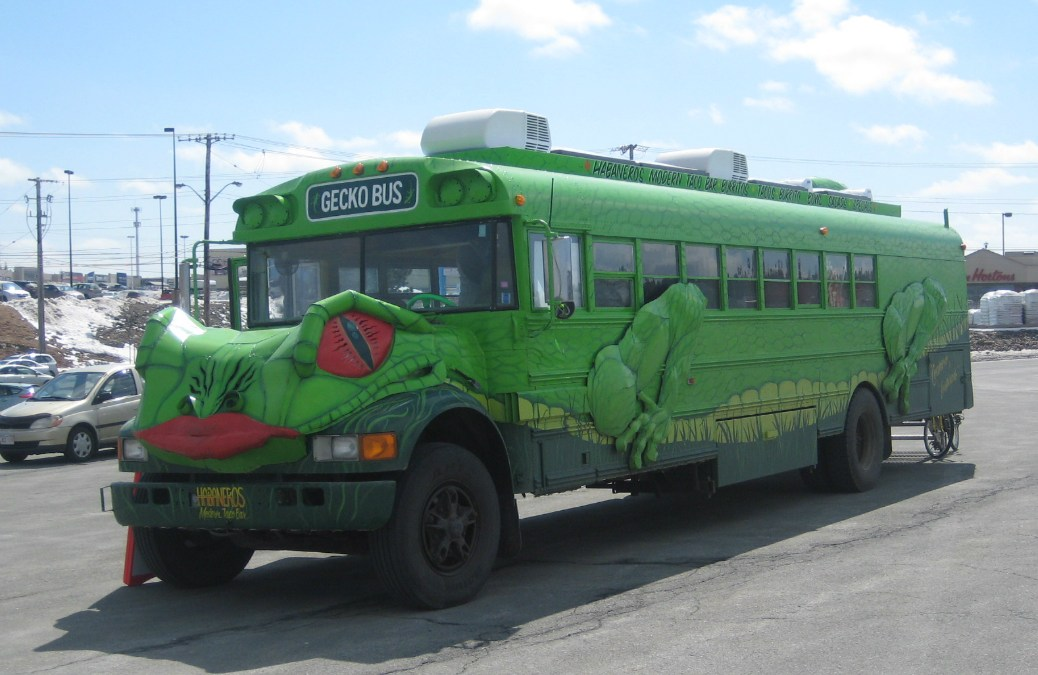 NNS008 – Habaneros Modern Taco Bar (Gecko Bus) in Dartmouth, Nova Scotia, Canada
