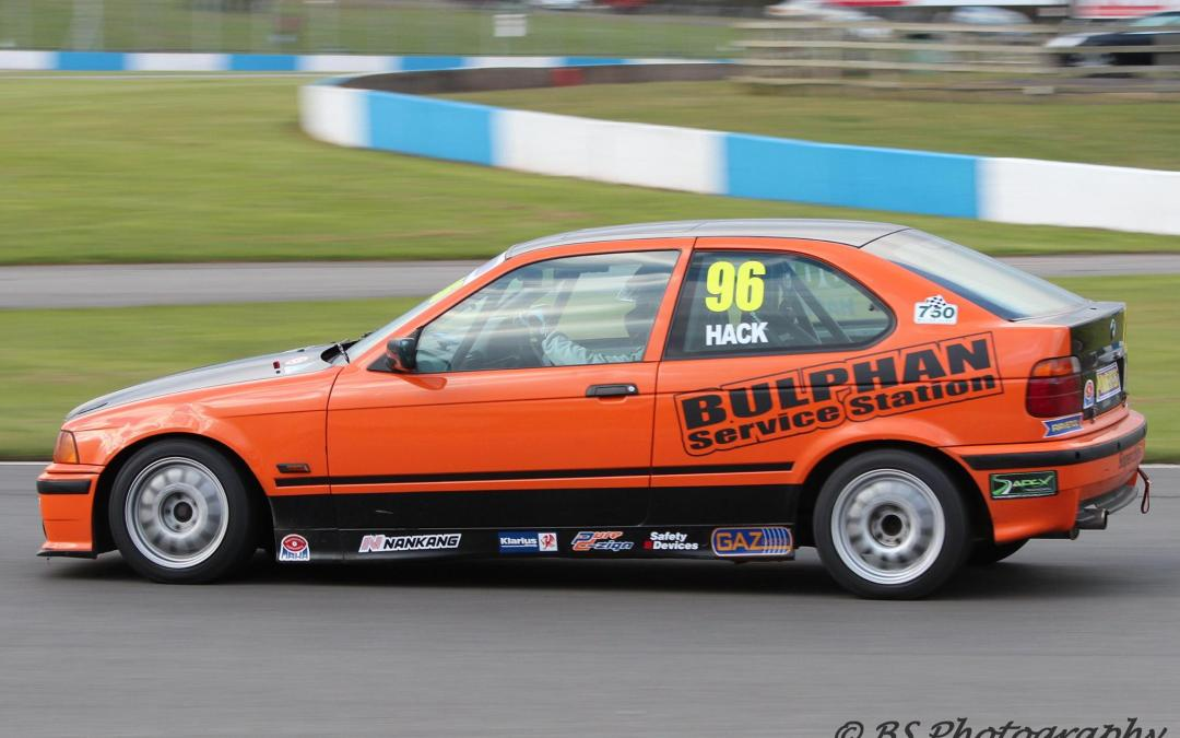 BMW Compact Cup Round 1 Report – Donington Park
