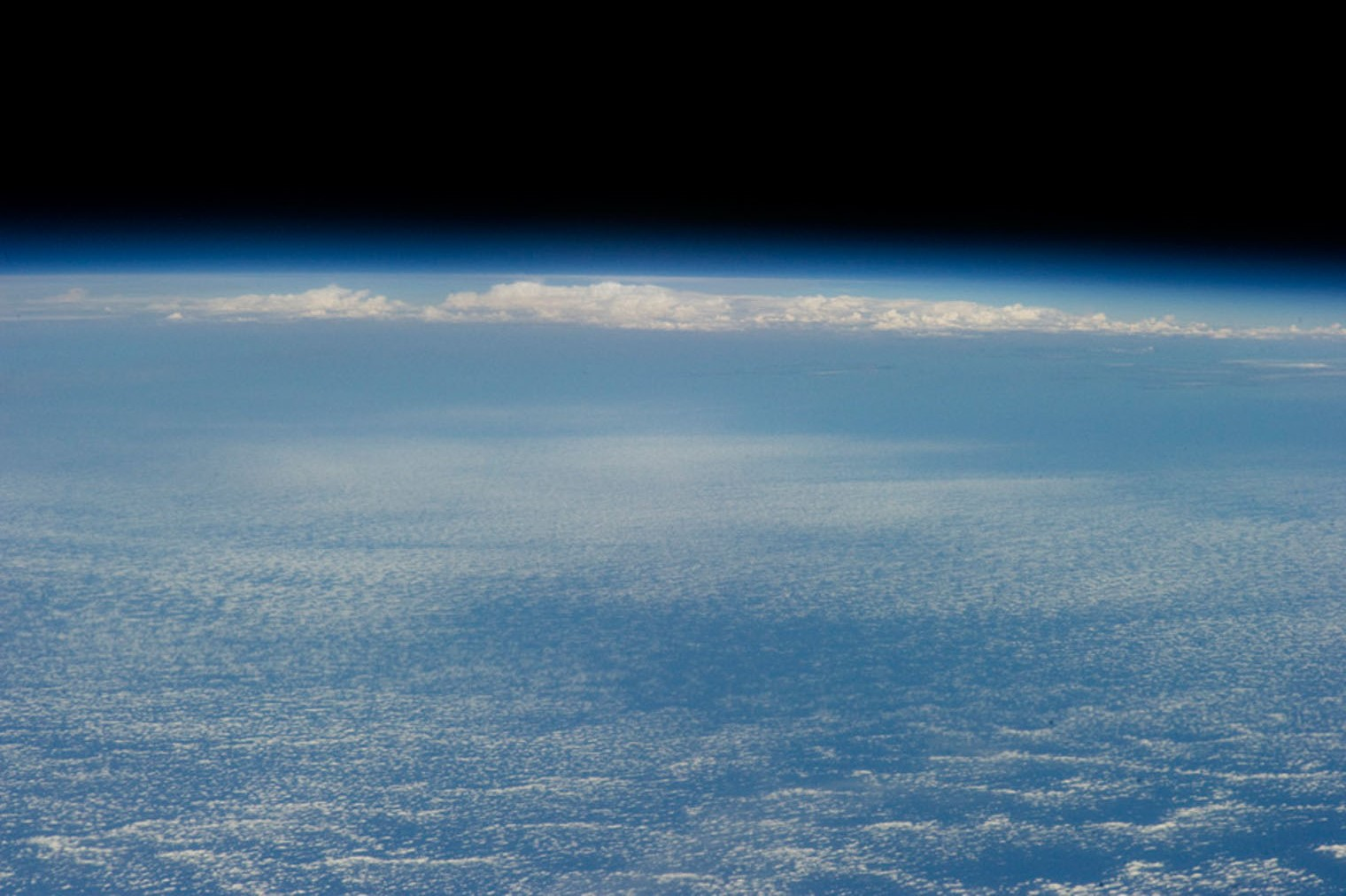 Blue cloud horizon