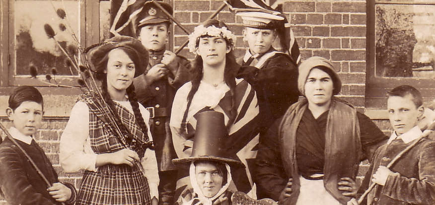 chrishall-rog-School-1918