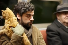 Oscar Isaac in Inside Llewyn Davis (with Ulysses the cat)