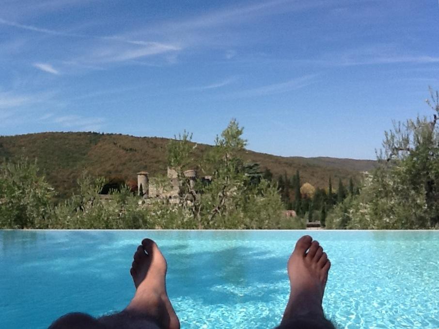 tuscany chainti feet infinity pool
