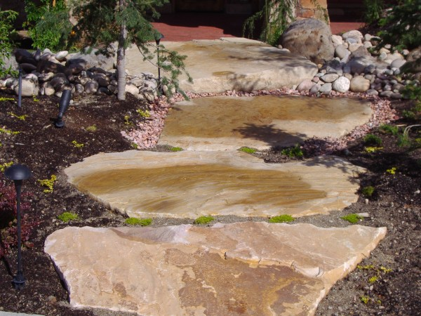 flagstone-color and design chris