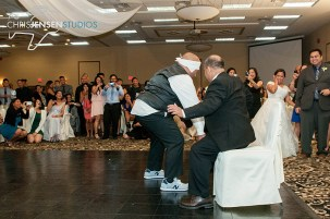 party-wedding-photos-chris-jensen-studios-winnipeg-wedding-photography-111