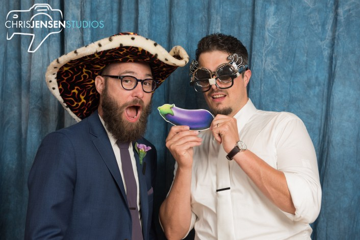 Chris-Jensen-Studios-Top-Best-Winnipeg-Wedding-Photographer-Photography-Gimli (31)