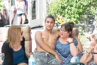 Mom & Dad (214)