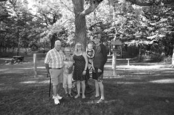 Mom & Dad (392)