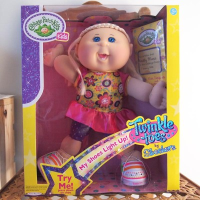 MADDY MARA - My Twinkle Toes Cabbage Patch KId