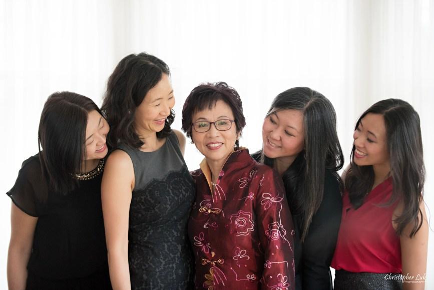 Toronto Markham Family Children Photographer - Grandmother Grandma Mom Mother Daughters Grey Black Red Smile Candid Laugh