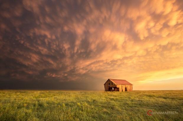 Barn Sunset