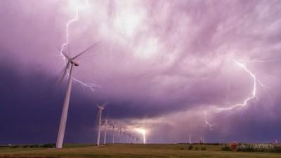 Windfarm Thunderstorm, Weatherford, OK
