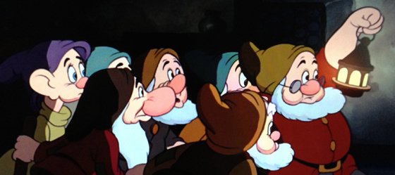 Seven-Dwarfs-Lantern