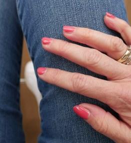 Striplac nr. 42 Neon Pink