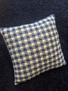 gingham crochet pillow