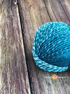 teal cream scarfie yarn