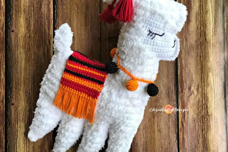 fuzzy yarn llama