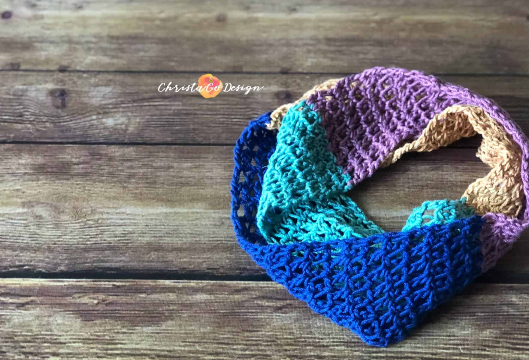 Crochet Colorblock Cowl Free Pattern