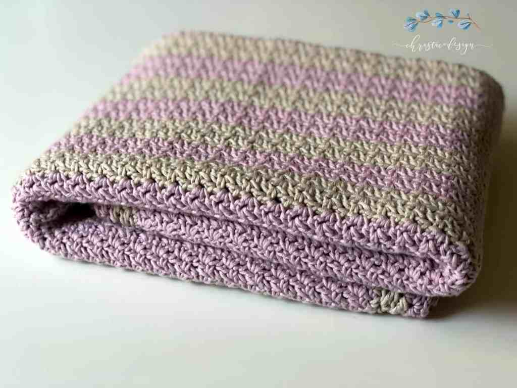 picture of folder cotton blanket